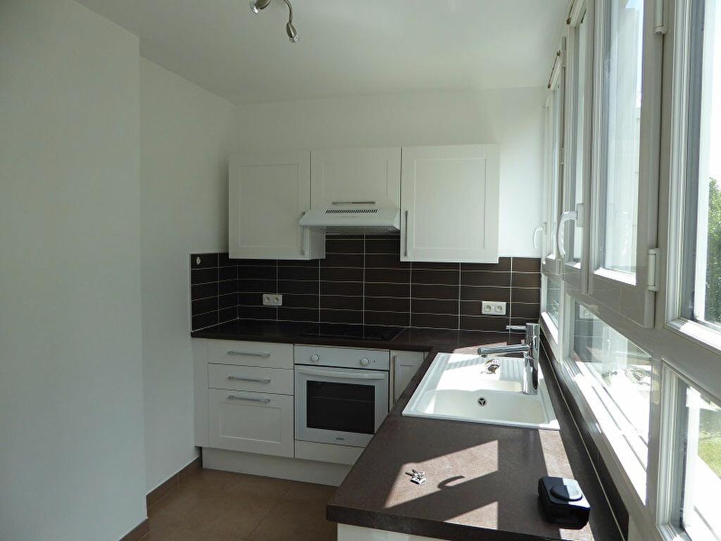 Appartement à louer 3 54.4m2 à Le Plessis-Robinson vignette-7