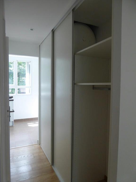 Appartement à louer 3 54.4m2 à Le Plessis-Robinson vignette-9