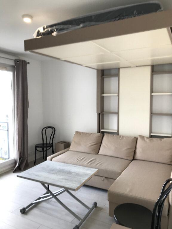 Appartement à louer 1 27m2 à Châtillon vignette-4