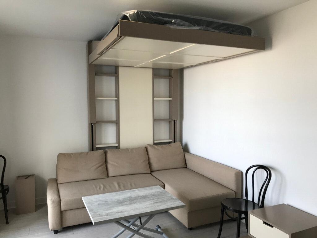 Appartement à louer 1 27m2 à Châtillon vignette-7