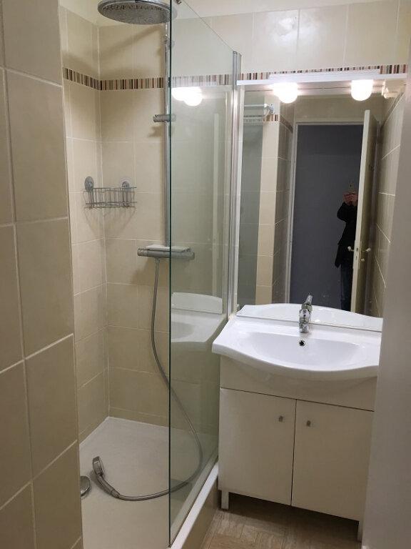 Appartement à louer 3 55m2 à Clamart vignette-4