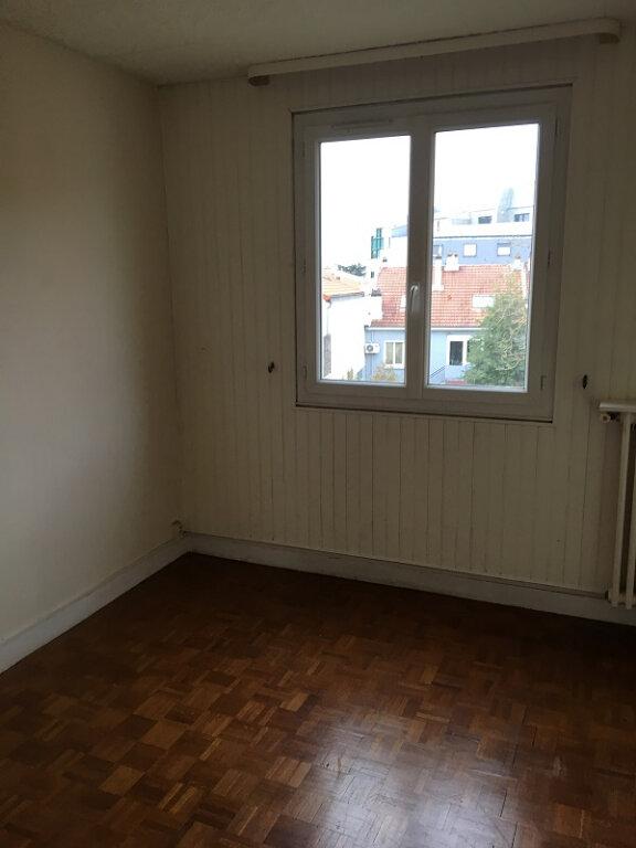 Appartement à louer 3 55m2 à Clamart vignette-7