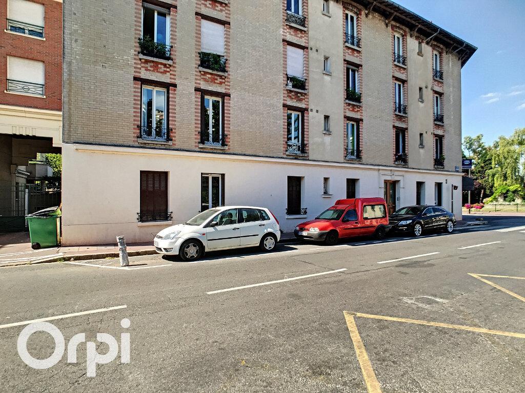 Appartement à vendre 3 69.01m2 à Châtillon vignette-2