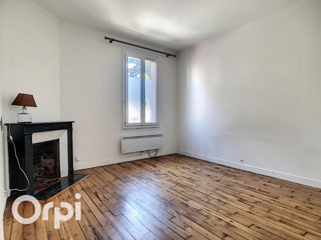 Appartement à vendre 3 69.01m2 à Châtillon vignette-3