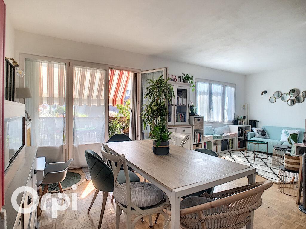 Appartement à vendre 4 67.66m2 à Châtillon vignette-1