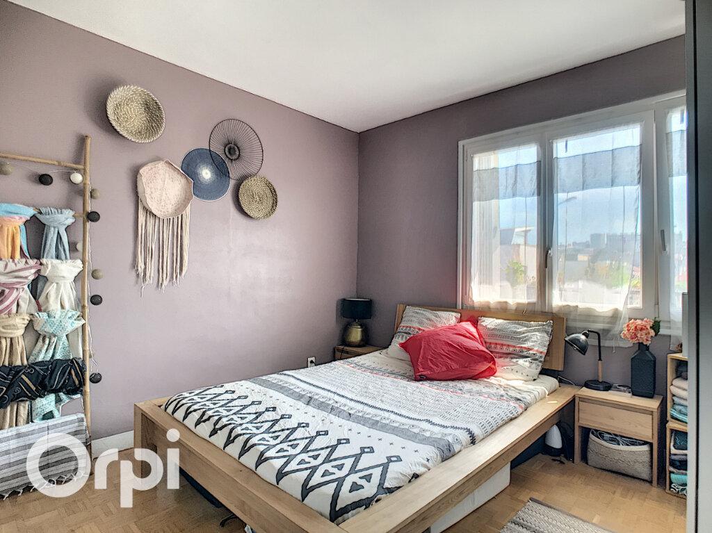 Appartement à vendre 4 67.66m2 à Châtillon vignette-4
