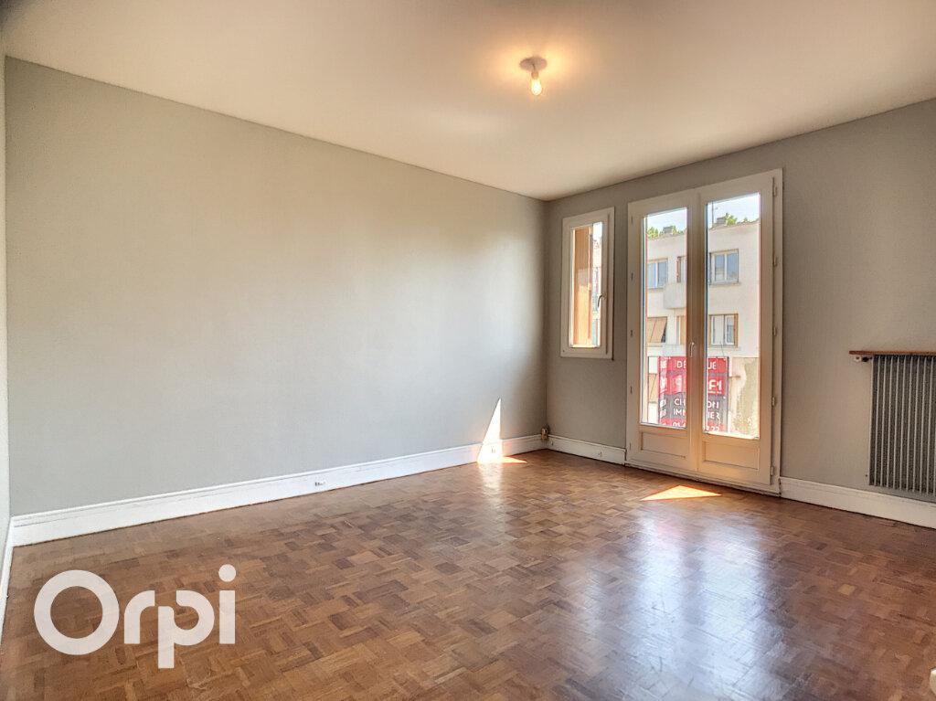 Appartement à vendre 3 52.88m2 à Clamart vignette-1