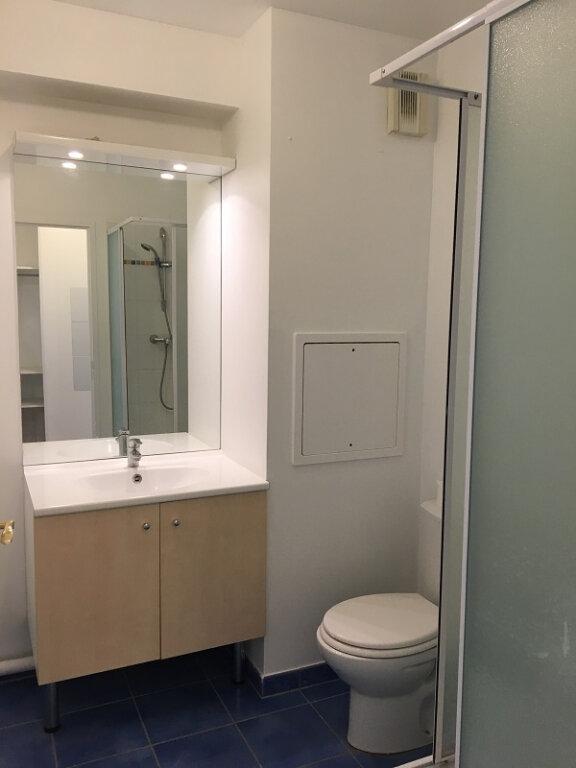 Appartement à louer 1 24m2 à Châtillon vignette-7