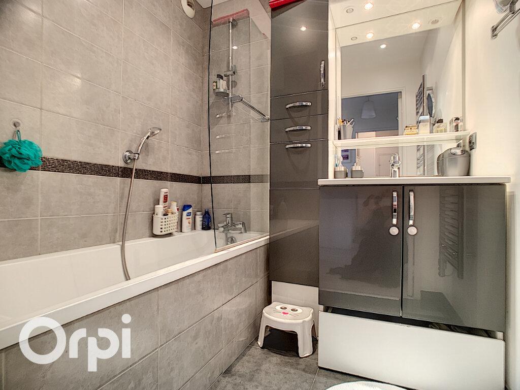 Appartement à vendre 3 63.35m2 à Châtillon vignette-4