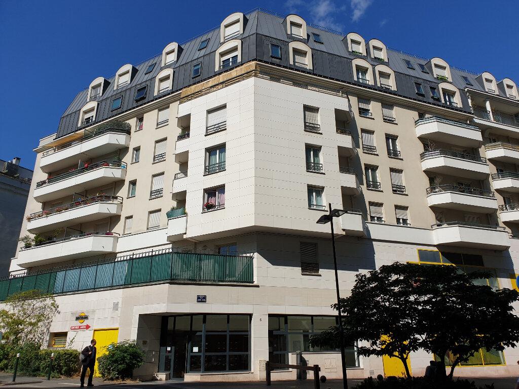 Appartement à louer 2 49m2 à Châtillon vignette-2