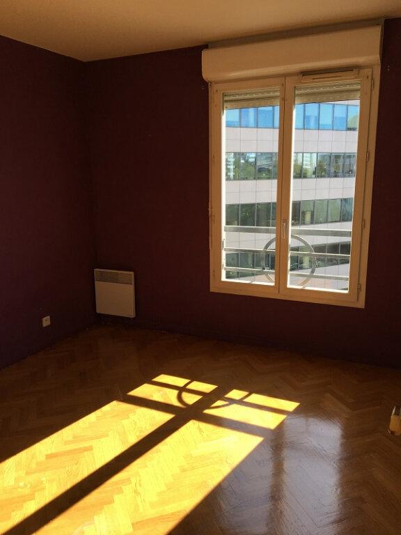Appartement à louer 2 49m2 à Châtillon vignette-6