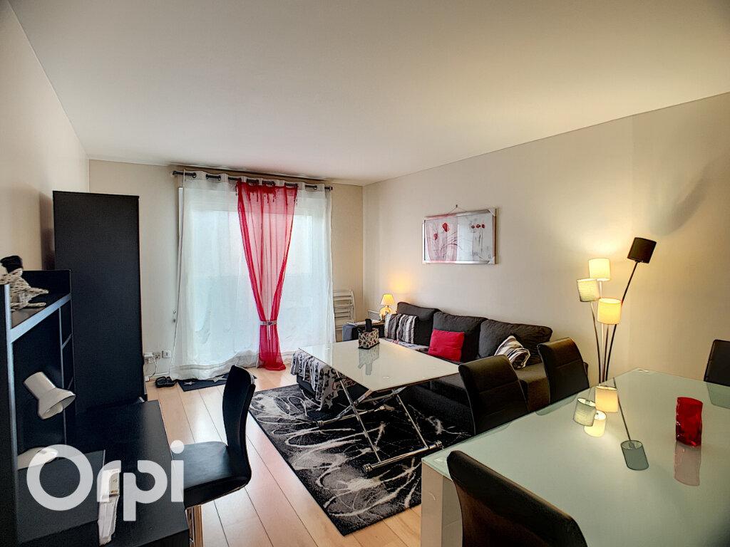 Appartement à vendre 3 68m2 à Châtillon vignette-1