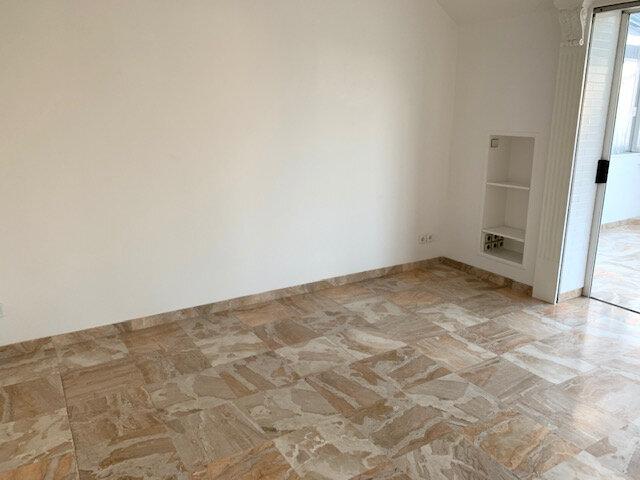 Appartement à louer 3 67.02m2 à Châtillon vignette-2