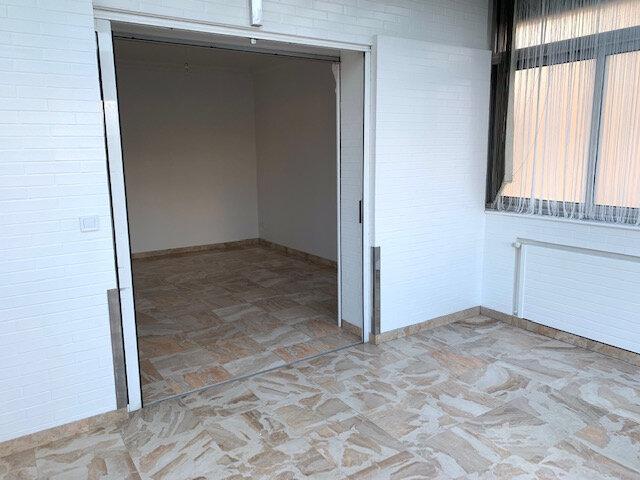 Appartement à louer 3 67.02m2 à Châtillon vignette-3