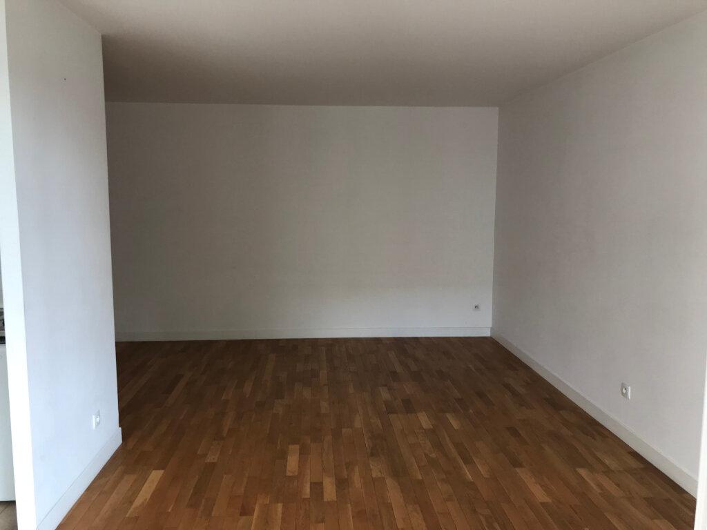 Appartement à louer 2 52m2 à Châtillon vignette-5