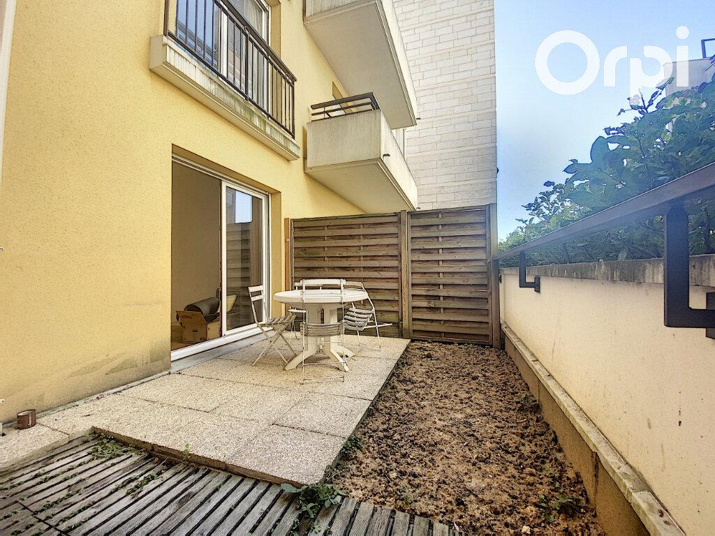 Appartement à vendre 1 27m2 à Châtillon vignette-1