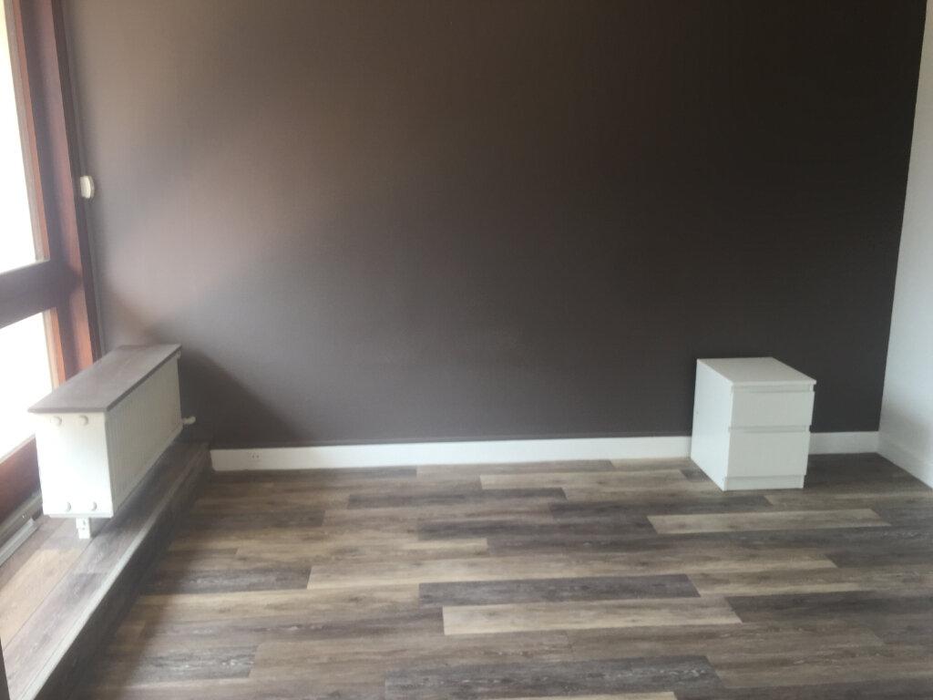 Appartement à louer 2 49.35m2 à Le Plessis-Robinson vignette-5