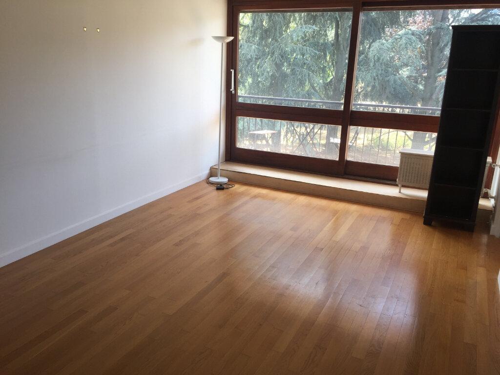 Appartement à louer 2 49.35m2 à Le Plessis-Robinson vignette-8