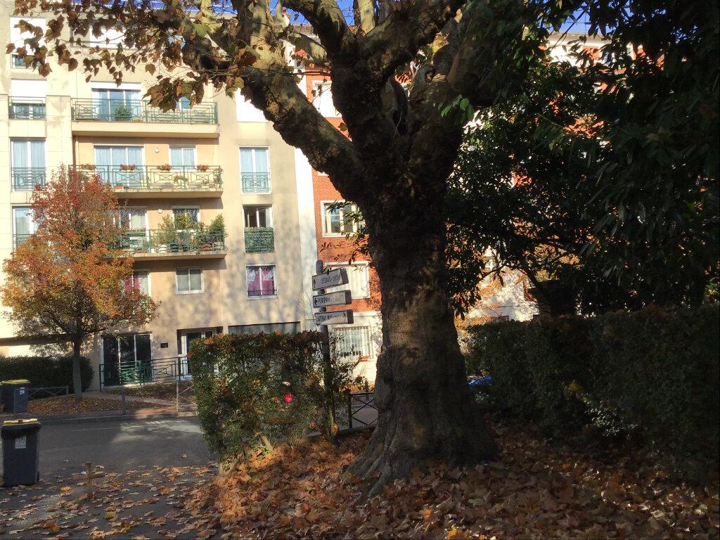 Appartement à louer 3 63.87m2 à Châtenay-Malabry vignette-5