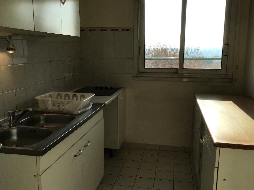 Appartement à louer 3 63.87m2 à Châtenay-Malabry vignette-7