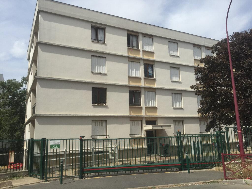 Appartement à louer 4 65.81m2 à Fresnes vignette-1