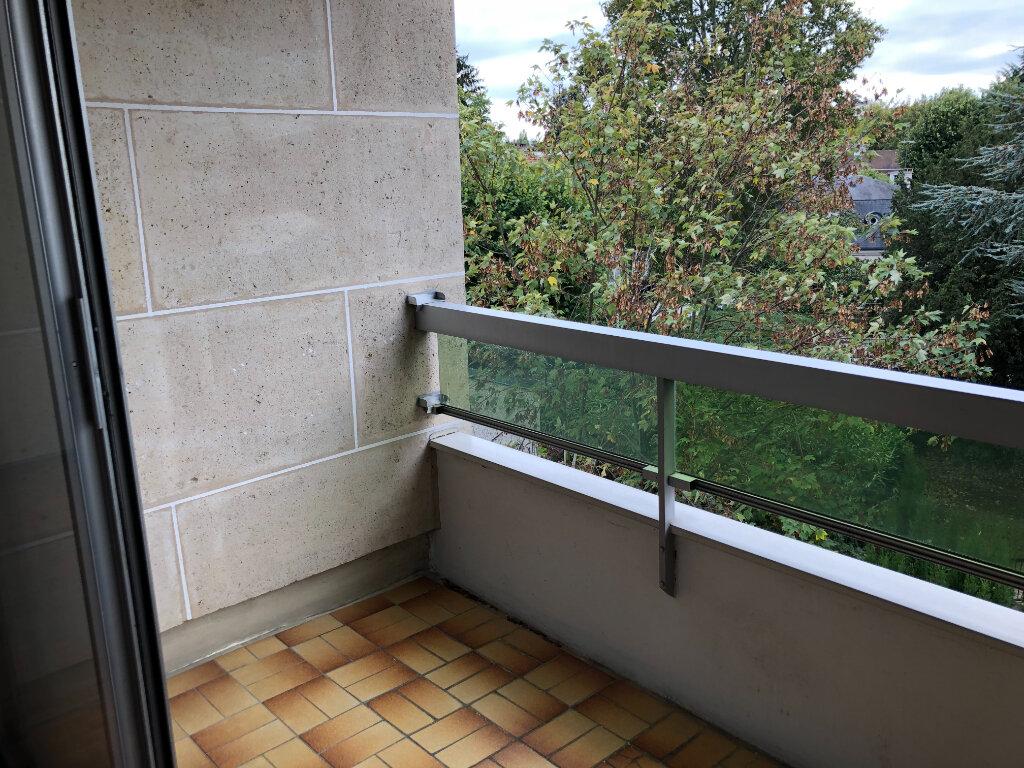 Appartement à louer 1 33.7m2 à Châtenay-Malabry vignette-2