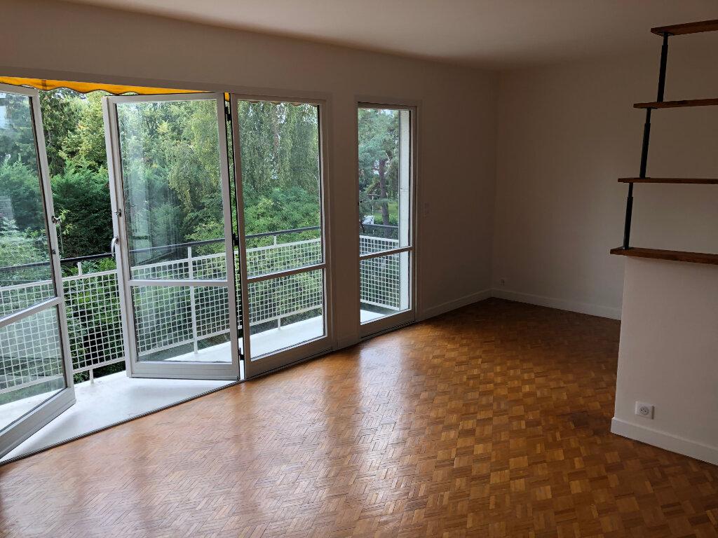 Appartement à louer 4 66.38m2 à Sceaux vignette-1