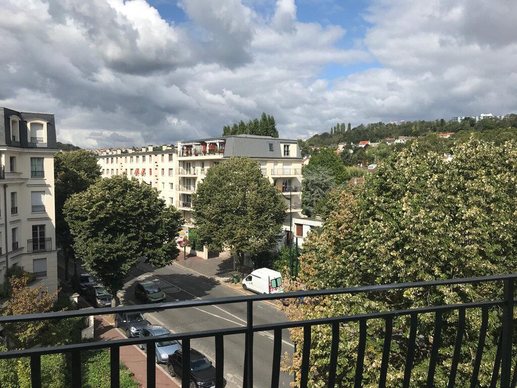 Appartement à louer 2 49.76m2 à Le Plessis-Robinson vignette-4