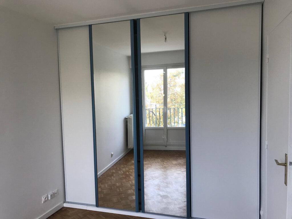Appartement à louer 2 49.76m2 à Le Plessis-Robinson vignette-6