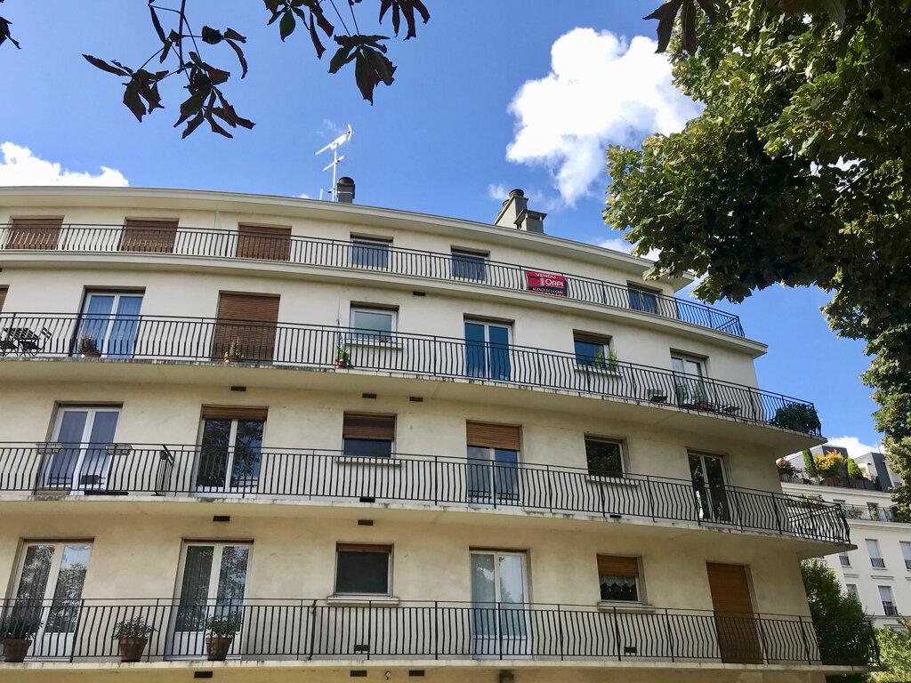 Appartement à louer 2 49.76m2 à Le Plessis-Robinson vignette-13