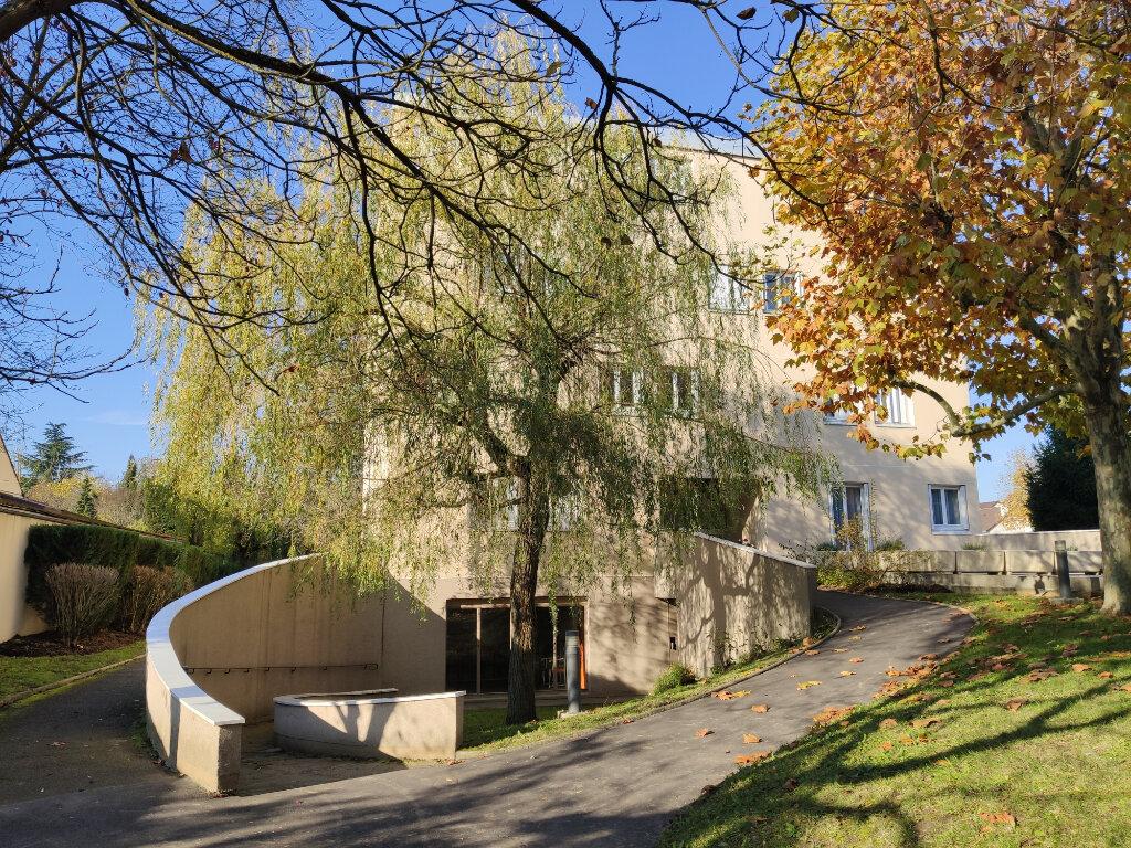 Appartement à louer 4 76.36m2 à Antony vignette-2