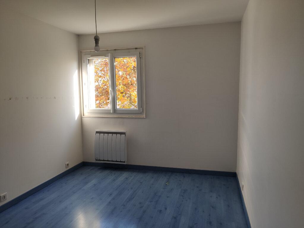 Appartement à louer 4 76.36m2 à Antony vignette-6