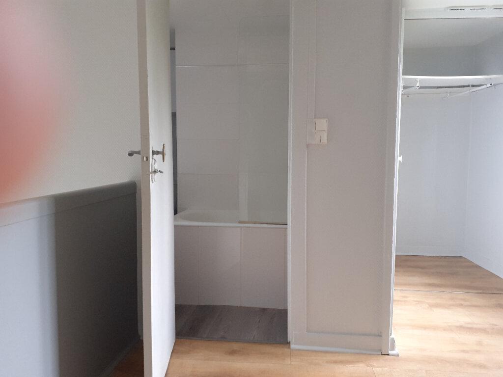 Appartement à louer 2 37.74m2 à Paris 15 vignette-10
