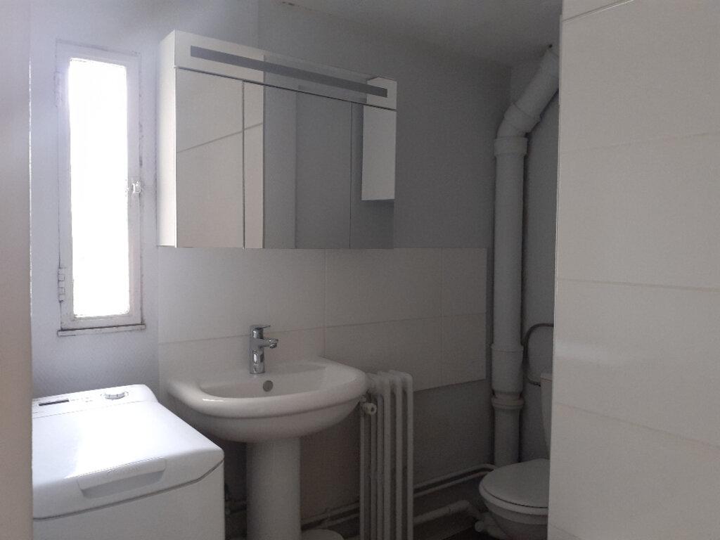 Appartement à louer 2 37.74m2 à Paris 15 vignette-12