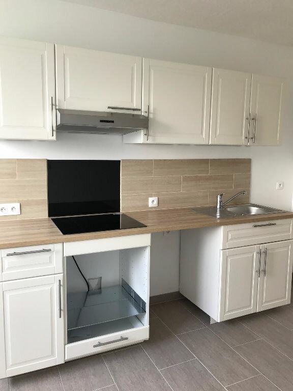 Appartement à louer 3 69m2 à Sucy-en-Brie vignette-3
