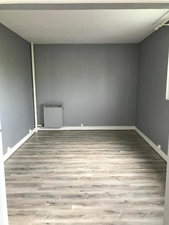 Appartement à louer 3 69m2 à Sucy-en-Brie vignette-4