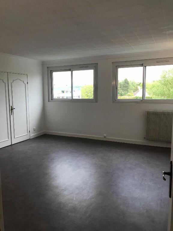 Appartement à louer 3 69m2 à Sucy-en-Brie vignette-7
