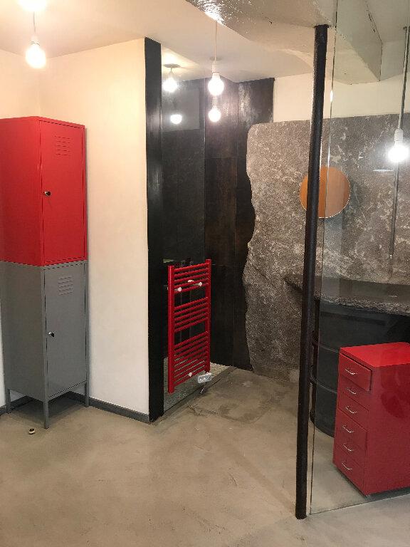 Appartement à louer 1 28m2 à Sucy-en-Brie vignette-3