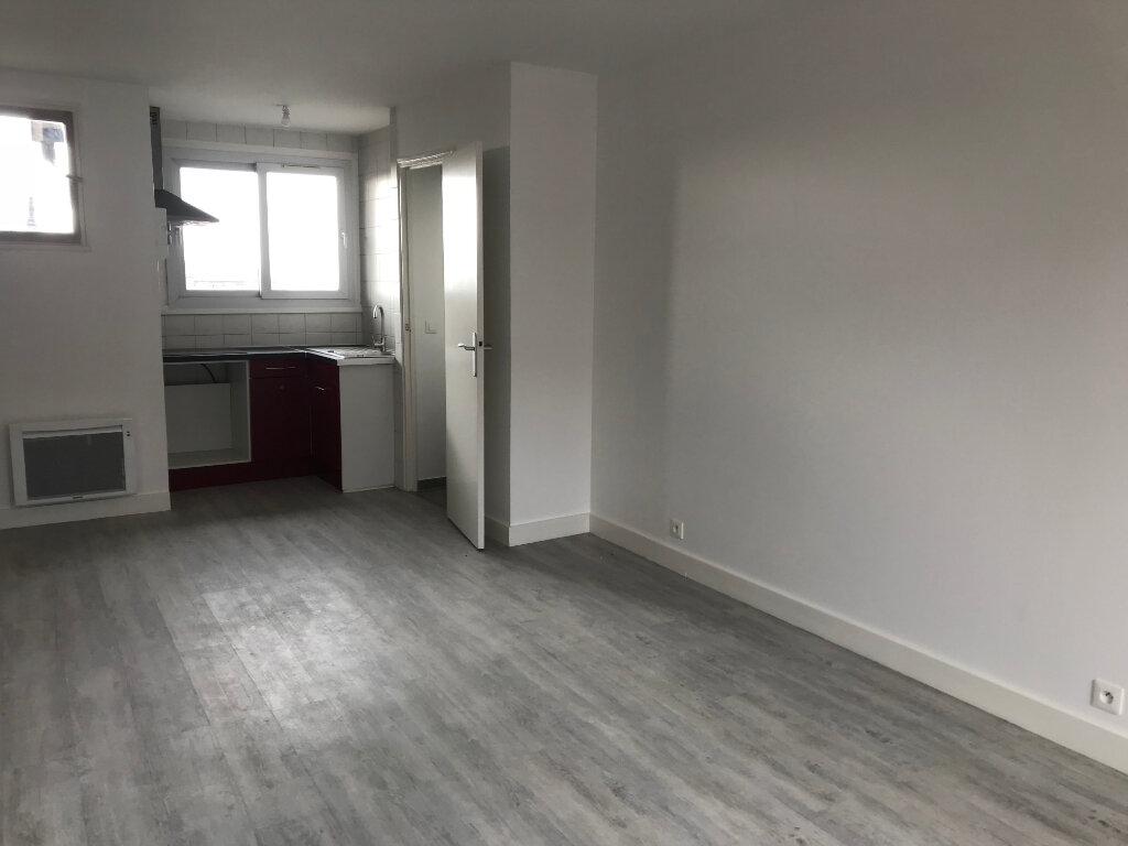 Appartement à louer 2 39.14m2 à Sucy-en-Brie vignette-2