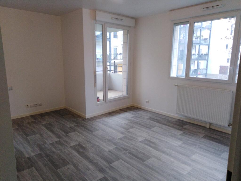 Appartement à louer 3 55.86m2 à Limeil-Brévannes vignette-1