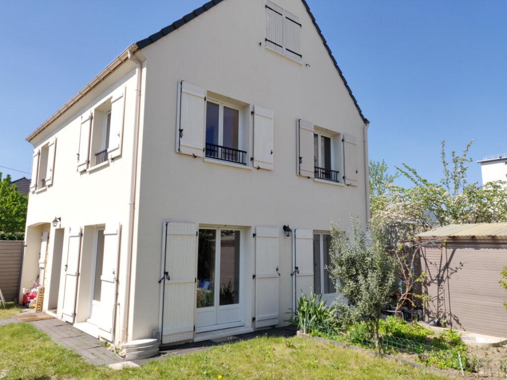 Maison à vendre 6 125m2 à Sucy-en-Brie vignette-1