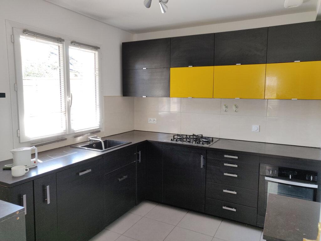 Maison à vendre 6 125m2 à Sucy-en-Brie vignette-4