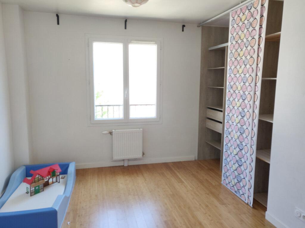 Maison à vendre 6 125m2 à Sucy-en-Brie vignette-7