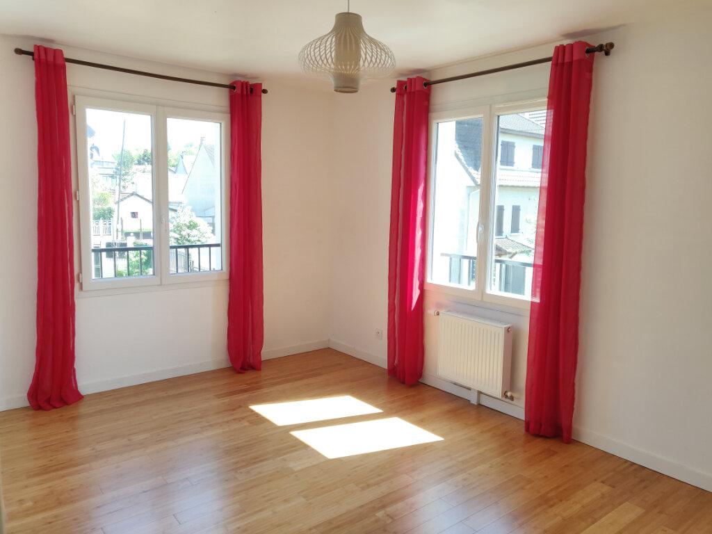 Maison à vendre 6 125m2 à Sucy-en-Brie vignette-8