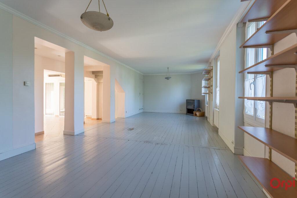 Maison à louer 8 175.3m2 à Sucy-en-Brie vignette-2
