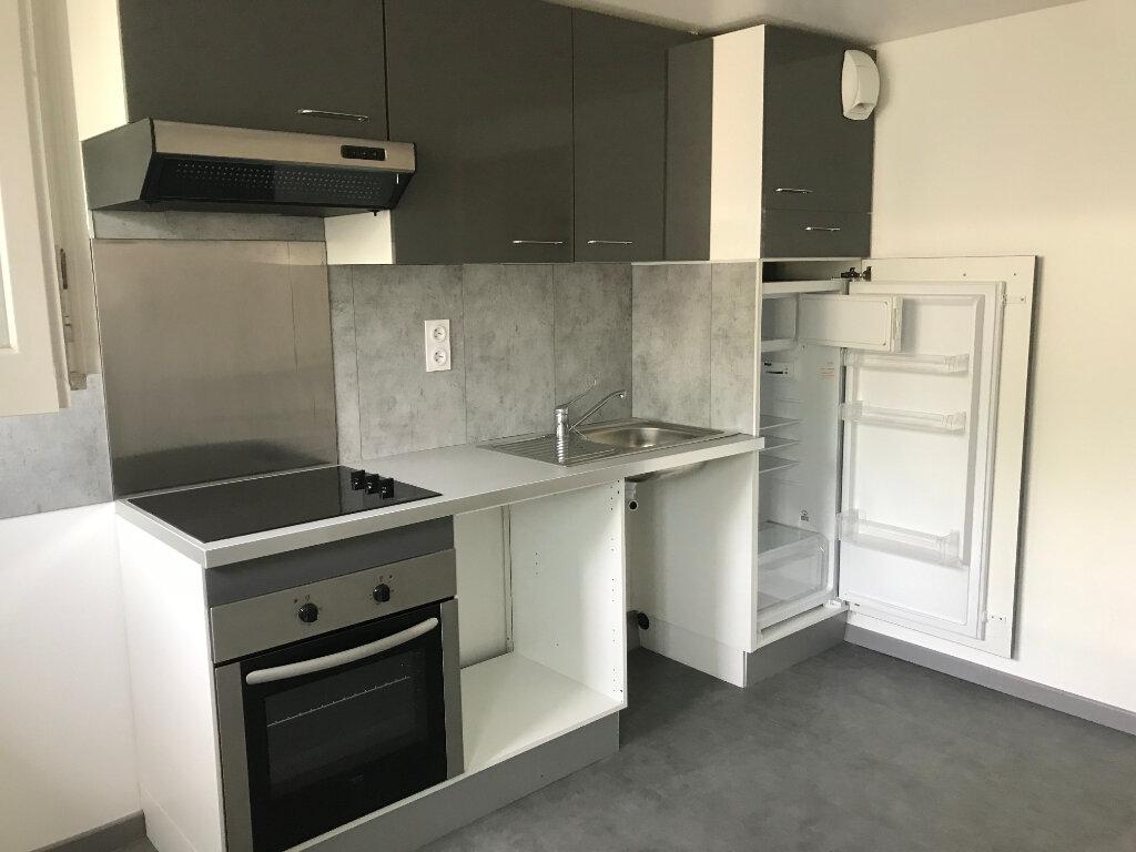 Appartement à louer 1 30.54m2 à Sucy-en-Brie vignette-1