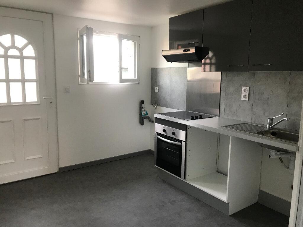 Appartement à louer 1 30.54m2 à Sucy-en-Brie vignette-2