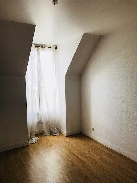 Maison à louer 6 121.41m2 à Villecresnes vignette-4