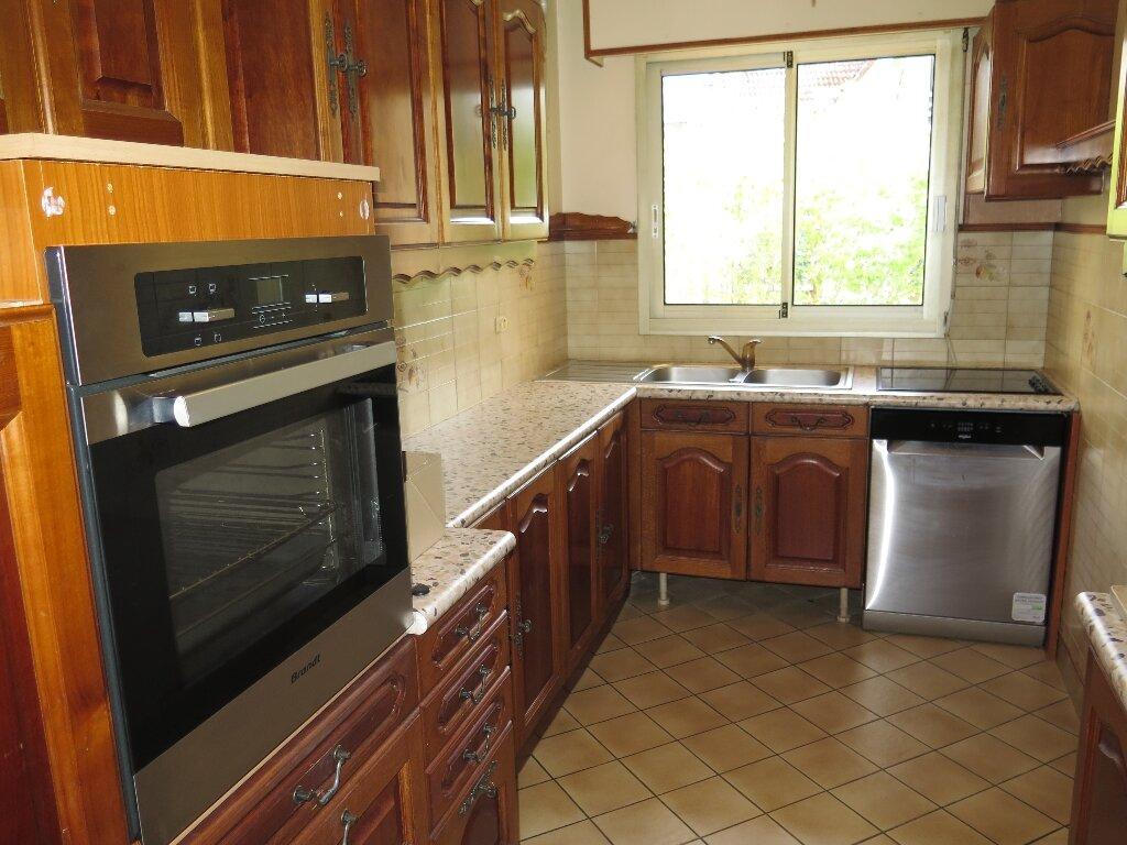 Appartement à louer 3 67.59m2 à Nogent-sur-Marne vignette-3
