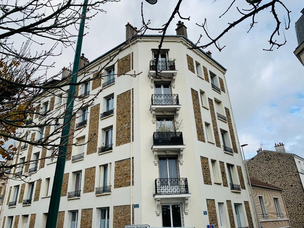 Appartement à louer 3 60.85m2 à Nogent-sur-Marne vignette-1